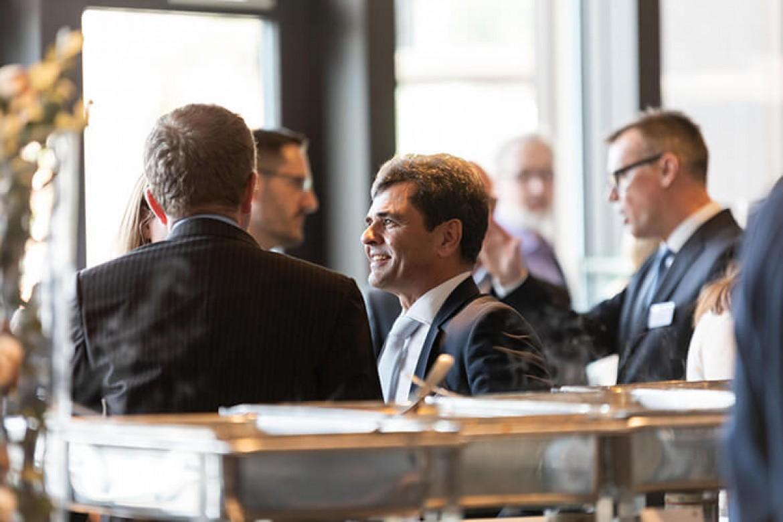 Dr. Daniel Lengauer im Gespräch mit Teilnehmenden der NZCK 2019